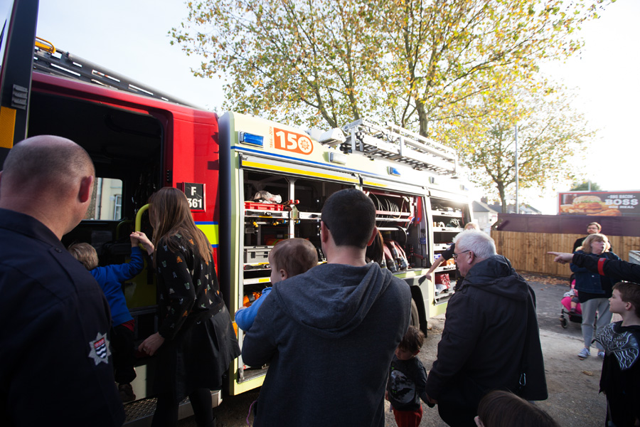 A Fire Engine from the Walthamstow station came down to visit for a couple of hours